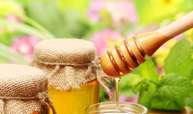 Turmeric and honey water